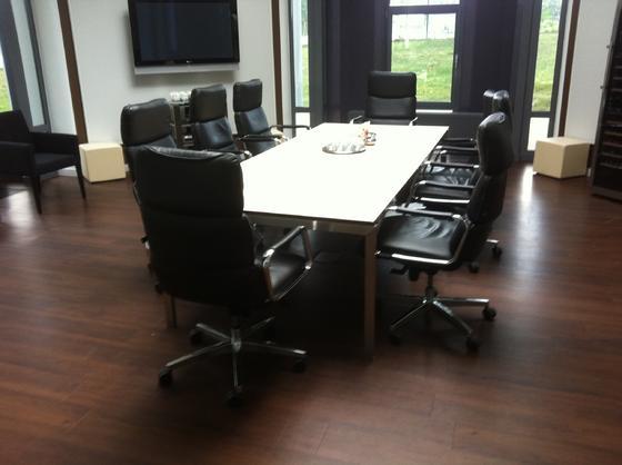 teppich parkett oder pvc bodenverlegung bei k ln von teppich schwade. Black Bedroom Furniture Sets. Home Design Ideas